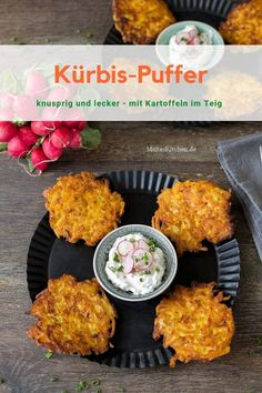 Potato and pumpkin pancakes with chive dip Kartoffel-Kürbis-Puffer mit Schnittlauch-Dip for crispy, tasty I take for the buffers and there is a chive dip - Pumpkin Recipes, Veggie Recipes, Baby Food Recipes, Pumpkin Fritters, Pumpkin Pancakes, Healthy Food Instagram, Healthy Breakfast Recipes, Healthy Recipes, Best Pancake Recipe