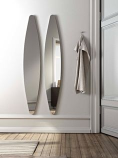 Oval wall  mirror| h