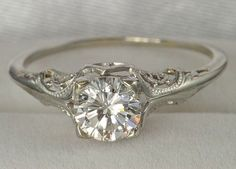 Vintage wedding ring. Im in love. I love rings with a lot of intricate details which vintage rings seem to have more than contemporary rings