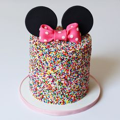 Minnie Mouse sprinkle cake The post Minnie Mouse sprinkle cake appeared first on . Minni Mouse Cake, Bolo Da Minnie Mouse, Mickey And Minnie Cake, Minnie Mouse Birthday Cakes, Mickey Cakes, 1st Birthday Cakes, Disney Birthday, Birthday Parties, Minnie Mouse Cupcake Cake