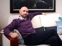 """Descubre a Francisco Alegre, creador de Zapaluz: """"Como una rebeldía juvenil, decidí convertir unos zapatos en algo decorativo"""" http://www.lanuevarutadelempleo.com/La_Revista/1218/convertir-decidi-decorativo-juvenil-rebeldia-zapatos"""