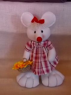 topolina in stoffa Animal 2, Christmas 2016, Gnomes, Projects To Try, Diy, Dolls, Country, Christmas Decor, Diy And Crafts