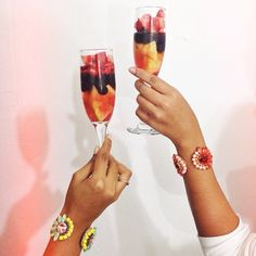 #FruityChampagne #KorbelRD #laenotecard #Drinks #Cheers #SienaTangerine #sienacalypso