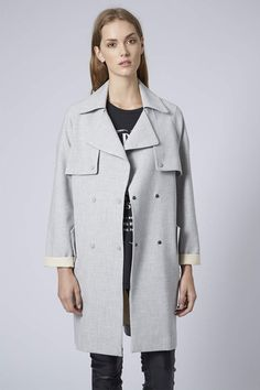 27 Transitional Trench Coats To Carry You Through Fall #refinery29 http://www.refinery29.com/fall-trench-coats#slide25
