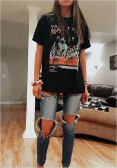 Over 30 beautiful autumn outfits - find the most beautiful outfits for your . - Over 30 beautiful autumn outfits – find the most beautiful outfits for your autumn look. – her - Autumn beautiful comfyFallOutf Casual School Outfits, Cute Comfy Outfits, Style Outfits, Teen Fashion Outfits, Mode Outfits, Retro Outfits, Look Fashion, Fashion Ideas, Trendy Fashion