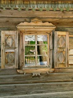 Rumšiškės, Lithuania A well done outdoor, living museum showcasing the many cultural styles and traditions of the Lithuania people. Alpine Chalet, Swiss Chalet, Chalet Chic, Halls, Alpine Style, Old Mirrors, Window Dressings, Window View, Through The Window