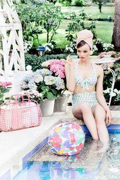 Зефирный пикник  — лукбук Lena Hoschek весна-лето 2014