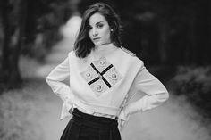 Graphic Sweatshirt, Sweatshirts, Sweaters, Jackets, Fashion, Down Jackets, Moda, Pullover, Sweater