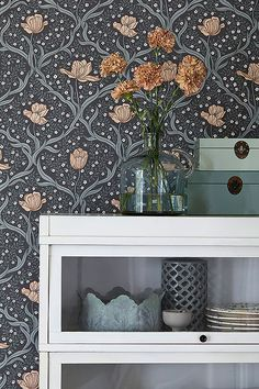 "New Wallpaper 2015 - ""Falsterbo II"" - 4034 - from borastapeter. Dinner Room, Nordic Home, Motif Floral, New Wallpaper, Wall Treatments, Designer Wallpaper, Decoration, Wall Decor, House Design"
