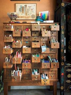 Ideas for craft storage ideas drawers sewing rooms Art Studio Room, Art Studio Design, Art Studio At Home, Studio 60, Studio Spaces, Dream Studio, Painting Studio, Dot Painting, Studio Ideas