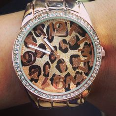 ♥♥ I want this watch!!!!!!