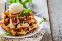 Vafle se zmrzlinou a čokoládou – COOP Club