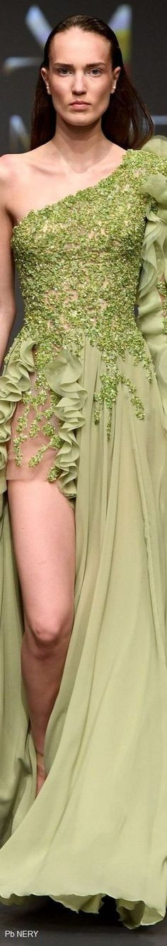 Abed Mahfouz Spring-Summer 2017/2018 Fashion 2017, Couture Fashion, Love Fashion, Fashion Design, Green Fashion, High Class Fashion, Abed Mahfouz, Pink Gowns, Designer Gowns