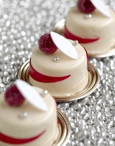 Amazing rapsberry mini cakes by Christophe Michalak
