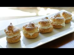 Time to impress your friends and family with this easy cream puffs recipe. What can be better than homemade cream puffs with whipped cream in the middle? How To Make Cream, Cream Puff Recipe, Sweetened Whipped Cream, Dessert Recipes, Desserts, Cake Recipes, Dessert Ideas, Cooking Recipes, Diabetic Recipes