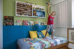 A arquiteta Raquel Junqueira já tinha reformado há anos todo o apartamento da família, quando foi convocada para fazer o quarto de Rodrigo (irmão de Beatri