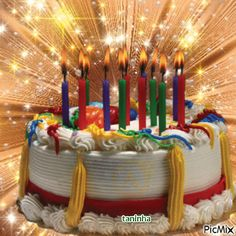 Resultado de imagen para pinimg.com gif Happy Birthday Gif Images, Animated Happy Birthday Wishes, Happy Birthday Wishes For Her, Happy Birthday Mama, Birthday Cake Gif, 40th Birthday Parties, Birthday Cupcakes, Birthday Celebration, Birthday Board