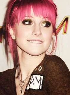 Hayley Williams.. the things I would do!! I've never been more creepy about any one in MY LIFE lolz