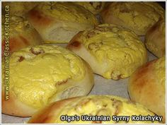 Eastern European Recipes, European Cuisine, Ukrainian Recipes, Russian Recipes, Paska Recipe, Vegetarian Cabbage Rolls, Upside Down Apple Cake, English Muffin Bread, Best Toasts