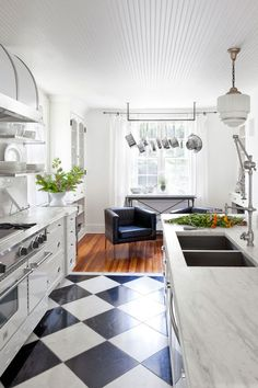 Kitchen Styles Interior Decoration For Living Room Living Room And Kitchen Paint Ideas Open Plan Kitchen Living Room Small Space Open Kitchen Living Room living room kitchen ideas Living Room And Kitchen Design, Open Plan Kitchen Living Room, Kitchen Cabinet Design, Home Decor Kitchen, Living Room Designs, Kitchen Ideas, Kitchen Paint, Luxury Kitchens, Cool Kitchens