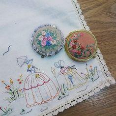 #Embroidery#stitch#needle work #프랑스자수#일산프랑스자수#자수#자수타그램#자수소품#콤팩트손거울#크레놀린레이디 #작은 공주님을 위하여  준비한 선물~~