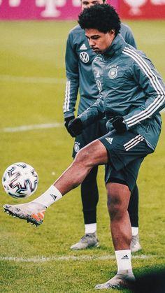 Serge Gnabry, Football Boys, Fifa, Squad, German, Sporty, Style, Fashion, Football Players