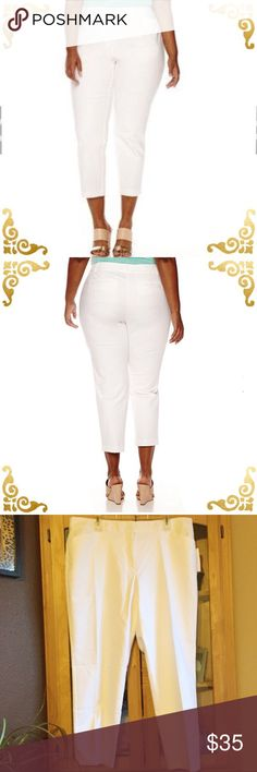 Liz Claiborne ankle length pants Pretty white ankle pants, perfect for Summer. Sits slightly below waist, slim through hops and thigh. 98% cotton 2% spandex so they have stretch. NWT from non smoking home Liz Claiborne Pants Ankle & Cropped