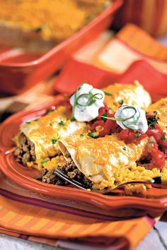 Easy enchilada recipes with ground beef - Easy man recies Quick Ground Beef Recipes, Beef Recipes For Dinner, Mexican Food Recipes, Cooking Recipes, Mexican Cooking, Meat Recipes, Chicken Recipes, Tilapia Recipes, Mexican Dishes