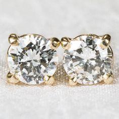 Solitaire Diamond Earrings 750 18k Gold Screw Back Diamond Studs