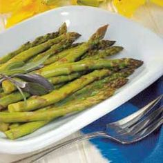 Since my husband and I both work full-time. I'm always looking for fast nutritious recipes. The whole family loves this tasty treatment for asparagus. --Natalie Peterson of Kirkland, Washington Balsamic Onions, Asparagus Recipe, Fresh Asparagus, Balsamic Vinegar Recipes, Balsamic Chicken Recipes, Vegetarian Recipes, Cooking Recipes, Healthy Recipes