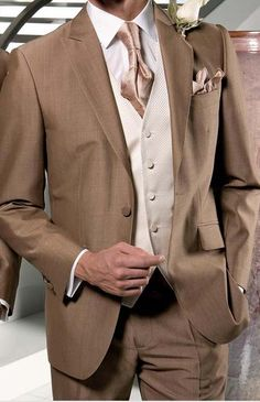 men's wedding suit | Mens wedding suits 2013 | Fashion Style with gold yellow tie