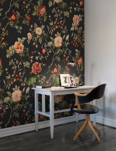 THORN ROSE Like the tale of Sleeping Beauty, we have awoken a 100-year-old object of loveliness. Using the original sketch, we have created wonderful flowers with incredibly painted details - Wall mural R13073 Thorn Rose
