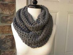 Sakura Knit Blog: Crocheted Circle Scarf