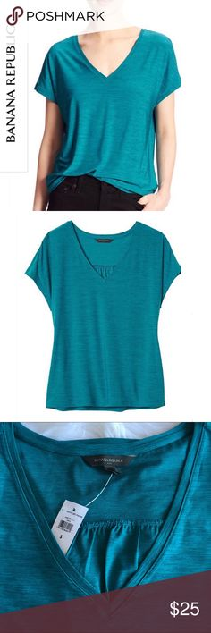 Banana Republic Short Sleeve Soft Jersey Top 💝 Very Soft, Very Comfortable Banana Republic Top🔹95% Polyester, 5% Spandex. 🔹Banana Republic Factory 🔹Machine Wash, Imported, V-neck, short dolman sleeves.🔹Shirring below yoke on back. 🔹MSRP: $29.99+Tax 🔹Color: New Emerald Banana Republic Tops Tees - Short Sleeve