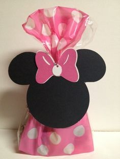10 Minnie Mouse Birthday Party / Treat bags by Busyisthenewhappy, $10.00