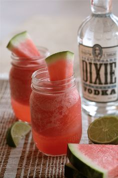 Cinco de Mayo Cocktails (With & Without Tequila) - Queen of the Food Age Tequila Based Cocktails, Fun Cocktails, Vodka Cocktail, Frozen Watermelon Margarita, Watermelon Recipes, Alcohol Recipes, Wine Recipes, Charleston Food, National Watermelon Day