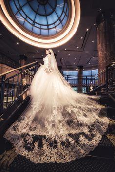 新郎新婦様からのメール ウェスティン東京ホテル様と府中教会様へ : 一会 ウエディングの花 Wedding Flowers, Wedding Dresses, Hotel Wedding, Wedding Images, Dress, Bride Dresses, Bridal Gowns, Weeding Dresses, Wedding Dressses