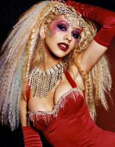 christina aguilera moulin rouge makeup