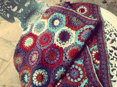 Crochet blanket, granny squares, hexagaon, crochet circles, #crochet #crochet #hexagon #crochet #circles #crochet #blanket