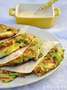Frittata of zucchini with mint and lemon Zucchini, Tacos, Food And Drink, Menu, Main Courses, Ethnic Recipes, Passion, Blog, Creamy Pesto