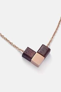 Nachhaltiger Schmuck aus Holz | KERBHOLZ– Kerbholz Dog Tag Necklace, Arrow Necklace, Natural Accessories, Cube, Fairtrade, Design, Jewelry, Modern, Shopping