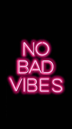 Cell phone wallpaper that has a pink neon sign that says no bad vibes rnrnSource by Wallpaper Iphone Neon, Iphone Wallpaper Tumblr Aesthetic, Wallpaper Rosa, Beautiful Wallpaper, Phone Wallpapers, Bedroom Wall Collage, Photo Wall Collage, Neon Aesthetic, Quote Aesthetic