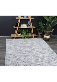 Complete your Scandi aesthetic with the minimalist design of the Cavalier Wool Rug from Boundary.
