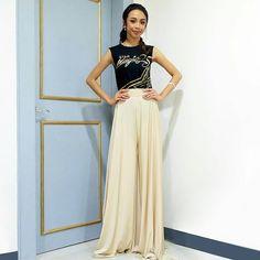 Filipina Actress, Lucky 7, Star Magic, Arab Fashion, Talent Show, Debut Album, Wide Leg, Trousers, Ootd