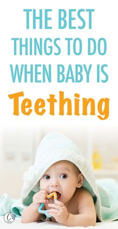 Teething is a very painful phase;both for babies as well as for parents. Here are some natural teething remedies that will soothe your baby and help them calm down Mama Baby, Mom And Baby, Baby Love, Baby Teething Remedies, Teething Symptoms, Teething Babies, Baby Baden, Before Baby, Baby Development