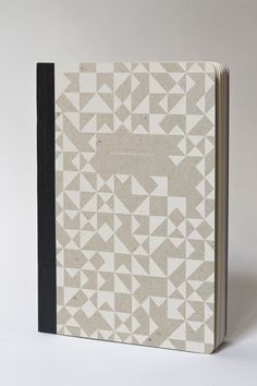 WHITE TANGRAM - Smarter than a touchpad, more convenient than loose sheets: write, draw and flourish at the office and at home with this awesome notebook made in France on recycled papers. By Papier Tigre