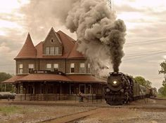 Net Photo: PM 1225 Pere Marquette Steam at Durand, Michigan by Michael F. Allen [ This is the train station in the town where I lived until I was 8 years old. Train Tracks, Train Rides, Old Steam Train, Railroad History, Old Trains, Vintage Trains, Steam Engine, Steam Locomotive, Architecture