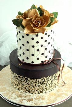 Earthen Grace- Wedding cake - Cake by Rumana Jaseel