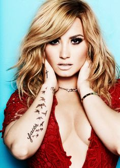 Absolutely in love with her tattoo <3 #demi