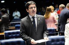 Randolfe Rodrigues: Rede será um partido de esquerda como foi o PT nos anos 80
